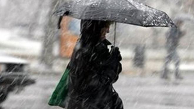 На Украину надвигается антициклон Юрген: сильные дожди и снег