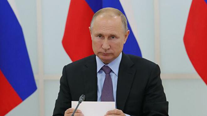 Путин объявил нерабочую неделю из-за коронавируса