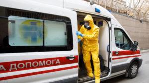 В Ровно мужчину с коронавирусом и температурой 42° отказались госпитализировать. Он умер дома