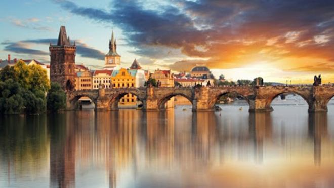 Чехия открыла свои границы для выезда и объявила свободное передвижение по стране