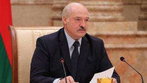 «Этому не бывать»: Лукашенко обвинил «майданутых» украинцев в причастности к протестам в Беларуси