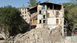 В Одессе обрушился 5-этажный жилой дом: под завалами несколько квартир. Фото и видео