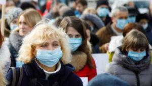 Украину захлестнет новая волна COVID – эксперт назвал сроки