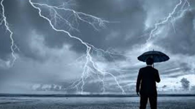 Идет что-то старшное! В Украине объявлено штормовое предупреждение