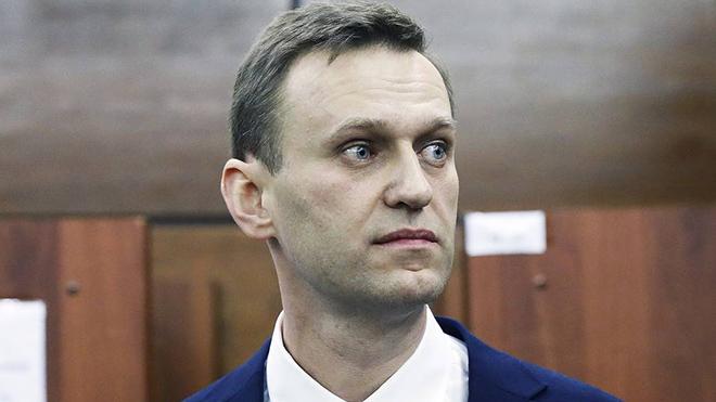 Навального задержали после возвращения в Россию