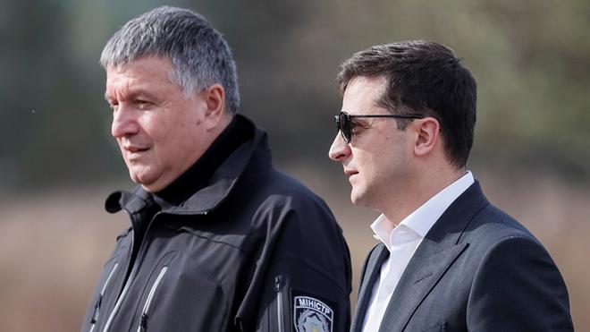Зеленский не предлагал Авакову уйти в отставку