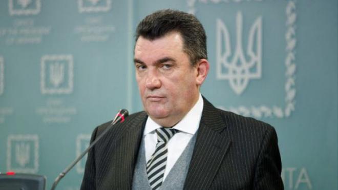 Данилов: Вторым языком в Украине должен быть английский