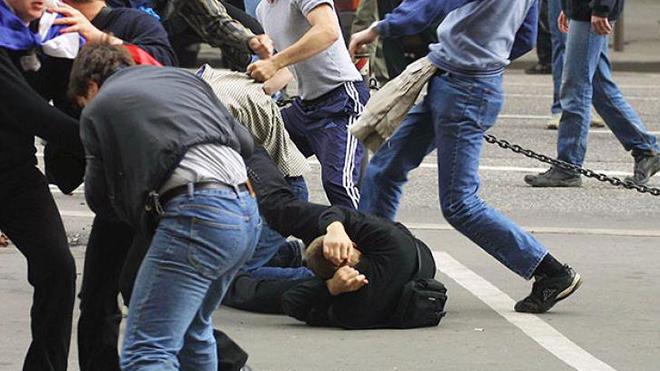 Азербайджанцы и армяне начали «войну»: СМИ сообщают о массовых драках и погромах