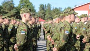 В Эстонии открыто пошли против России: армия наготове