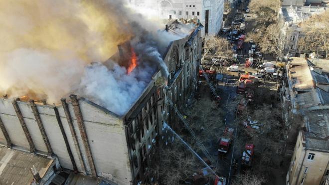 """""""Виновные должны испытать тот ад, который прошли наши дети!"""" – мама погибшей во время пожара в колледже Одессы"""