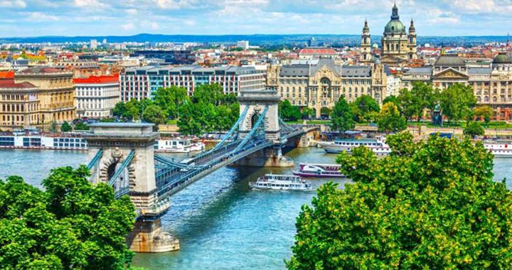 Венгрия первой из стран ЕС откроет границы для россиян