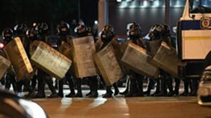 """В Минске сообщили о задержании """"координатора"""" беспорядков"""