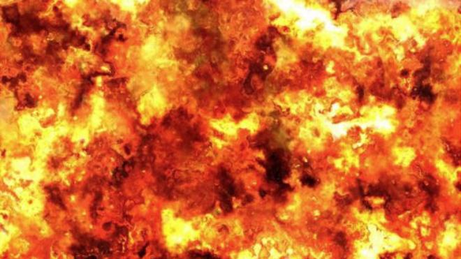 Теракт на Укрзализныце: под проходящим поездом взорвали рельсы. ВИДЕО
