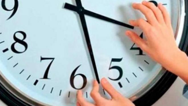 Последний перевод часов 2020: когда Украина перейдет на зимнее время