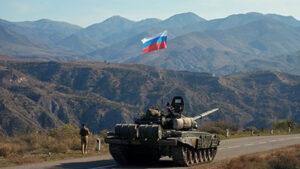 Российский офицер получил ранение при подрыве мины в Карабахе