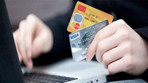 Украинцы сами переводят аферистам деньги: новая схема мошенничества