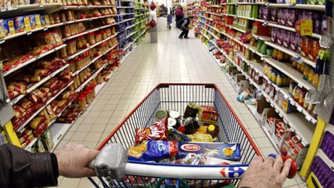 Продукты в Украине подорожали: на что и как изменились цены