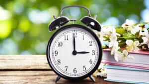 Перевод часов весной 2021 года: когда Украина переходит на летнее время