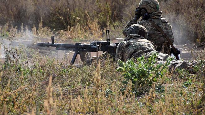 Вторая потеря на Донбассе за сутки: под Золотым смертельно ранили военного – Украинские источники