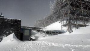 Новости Украины – Май в Карпатах: за ночь выпало 20 сантиметров снега