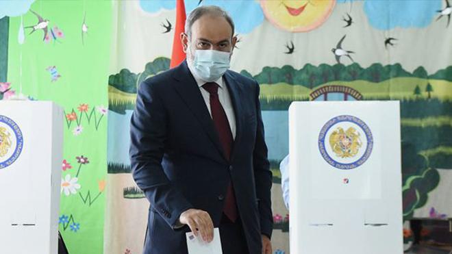 Партия Пашиняна победила на парламентских выборах в Армении