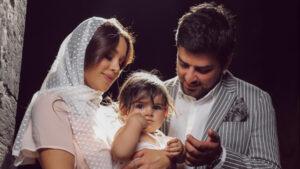 Դավիթ Աղաջանյանն ու Աննա Դովլաթյանը մկրտել են իրենց դստերը