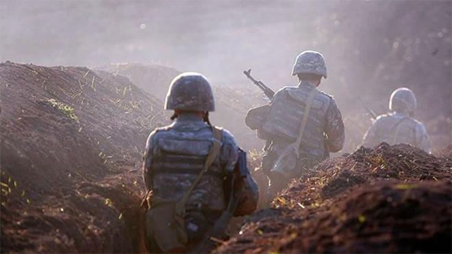 Армения заявила о гибели трех военных в боях на границе с Азербайджаном